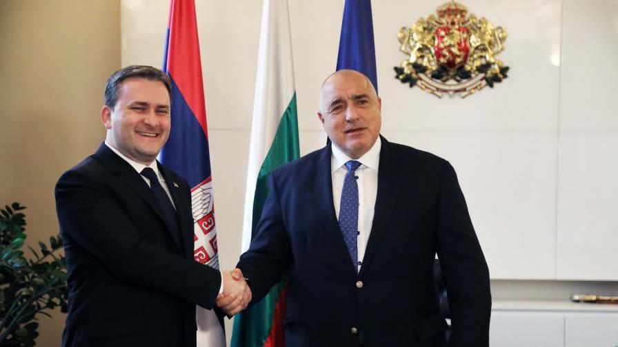 """Борисов и сръбският външен министър обсъдиха АМ """"Европа"""" и """"Балкански поток"""""""