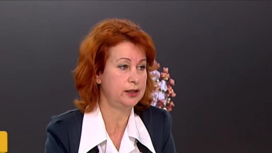 Д-р Христова: Трябва да затегнем мерките, новият щам на ковид-19 засяга младите