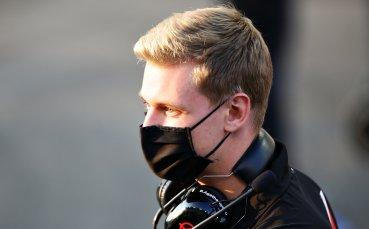 Синът на Шумахер копнее за успехите на баща си