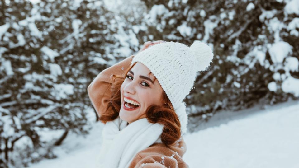 жена зима дневен
