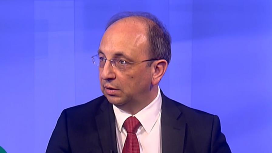 Василев: Реалистично е през 2024 г. да въведем еврото