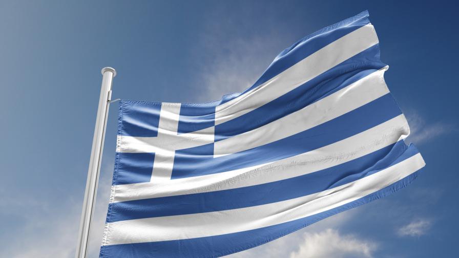 По време на пандемия: Премиерът на Гърция на закуска с 50 души