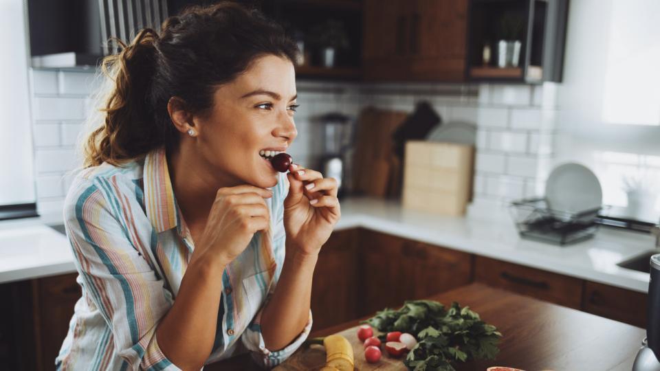 жена плодове диета здраве
