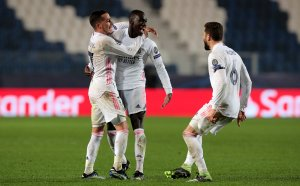 Реал взе ценен успех в последните минути в Бергамо