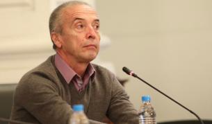 Мангъров: Всички мерки трябва да отпаднат