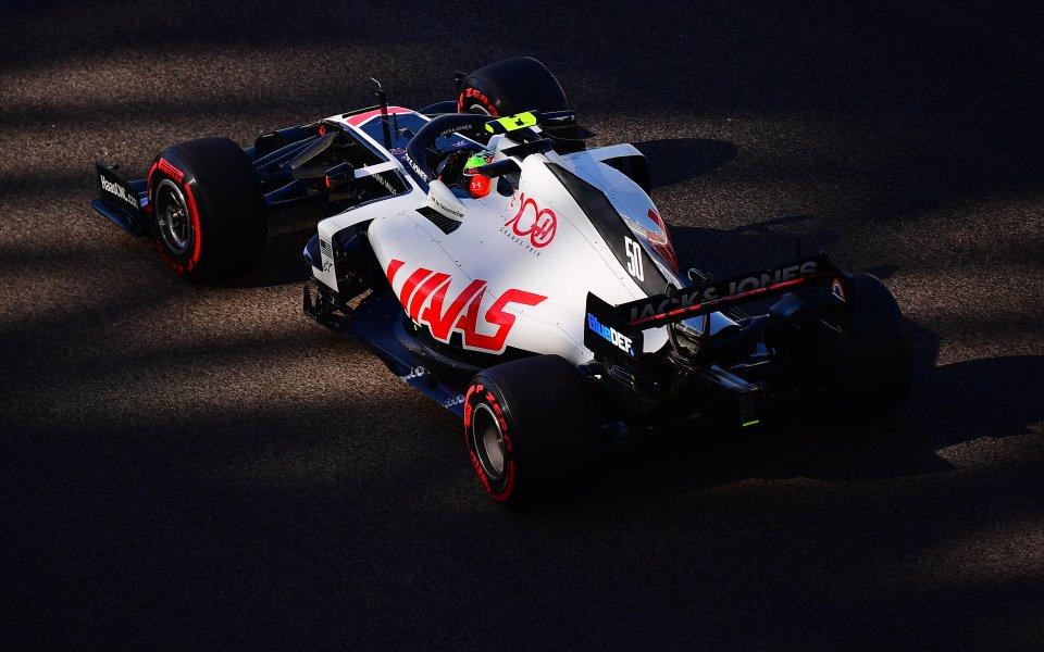 Мик Шумахер ще бъде първият пилот с тренировъчно време в