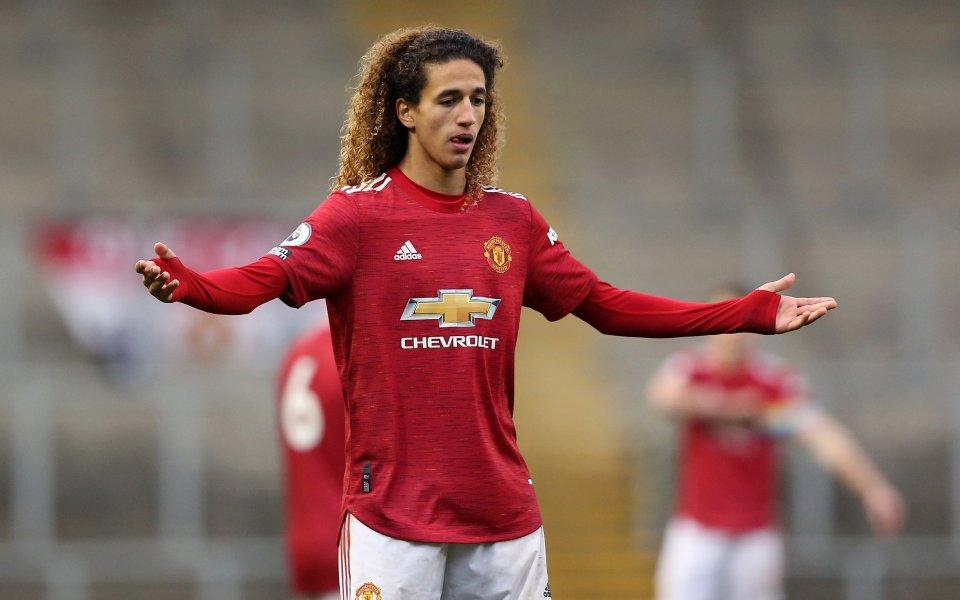 Още един от младите таланти на Манчестър Юнайтед подписа договор,