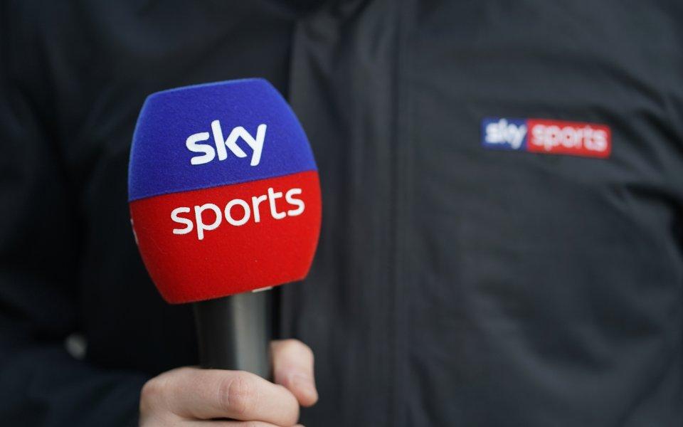 Прочухме се в Европа: Боят над съдията стигна до Sky Sports