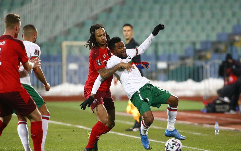 Отборите на България и Швейцария играят при