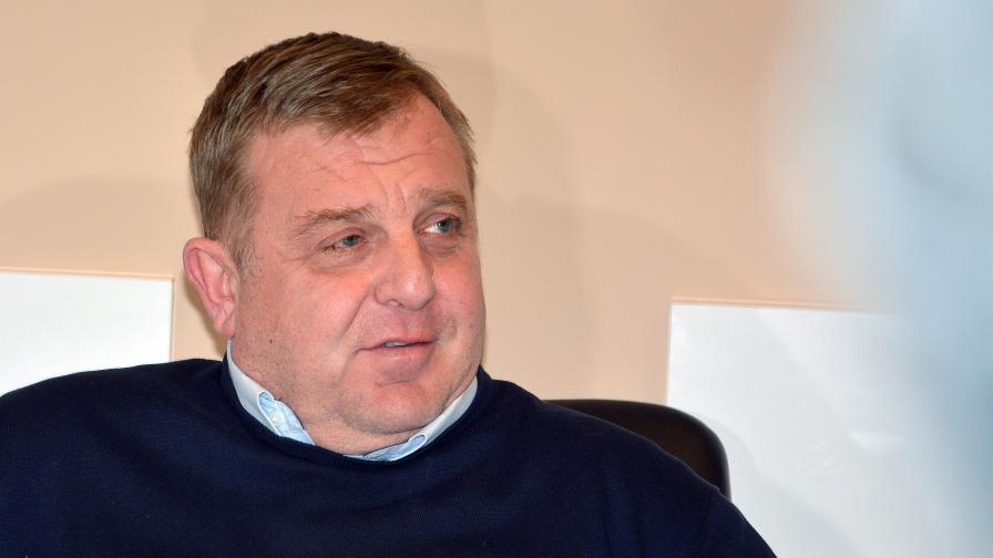 """Каракачанов към Скопие: Не търсете скандала другаде, при Вас е, """"колеги"""""""