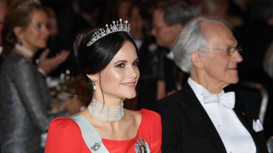 """""""Животът ми даде четирима красиви принцове"""": Шведската принцеса София сподели първи снимки на новороденото си момче"""