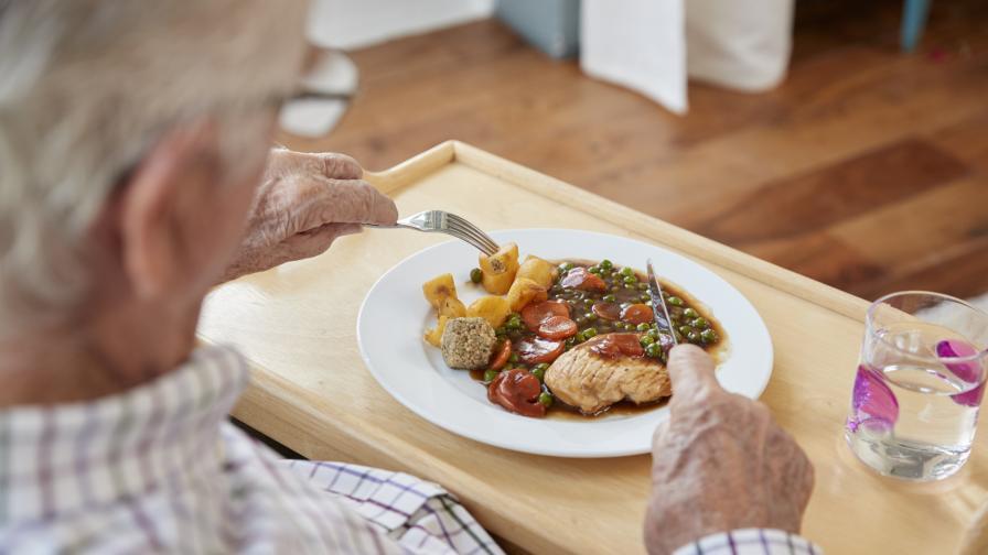 Дават по 120 лева за храна на 390 хиляди пенсионери