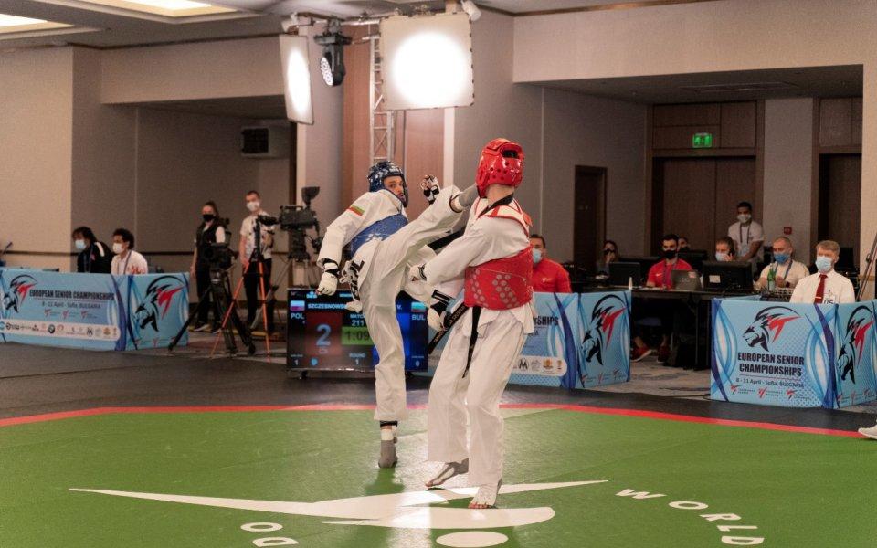 Двама българи излизат в битки за медалите на европейското по таекуондо