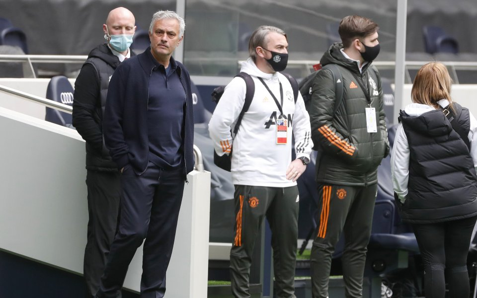 Отборите на Тотнъм Хотспър и Манчестър Юнайтед си дават спор