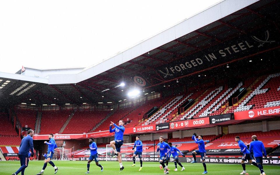 Отборите на Шефийлд Юнайтед и Арсенал затварят неделната програма в