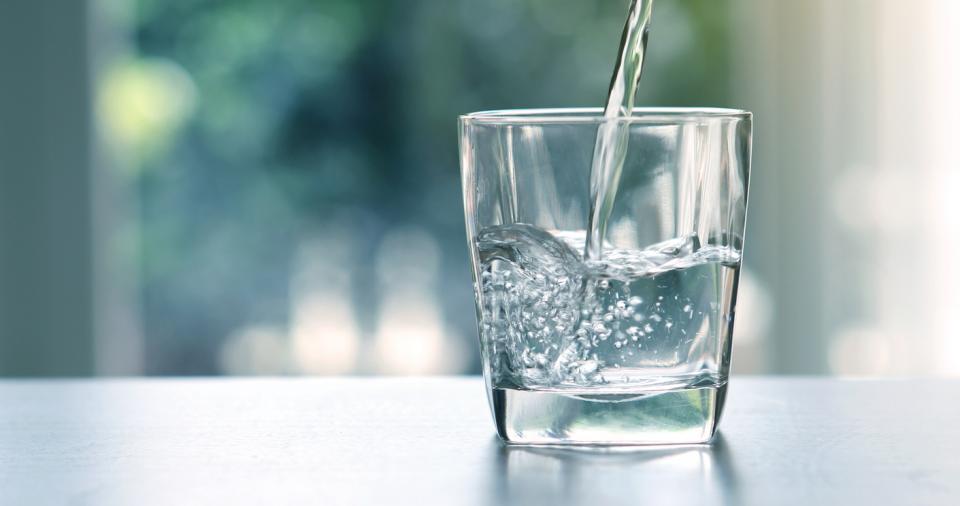 чаша вода напитка