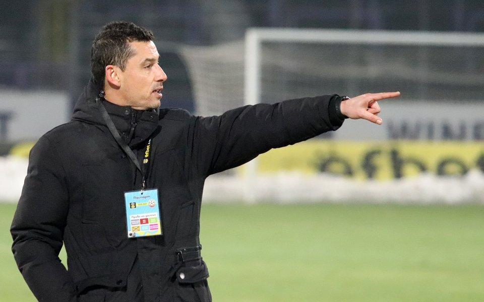 Етър гостува на Ботев (Враца) в първи мач от плейофите