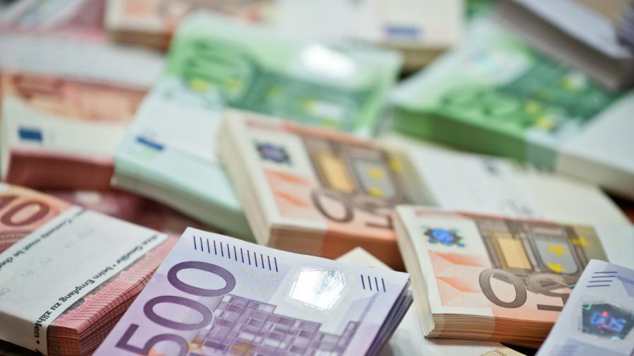 Съд в Пазарджик запорира сметка в Португалия заради фишинг измама
