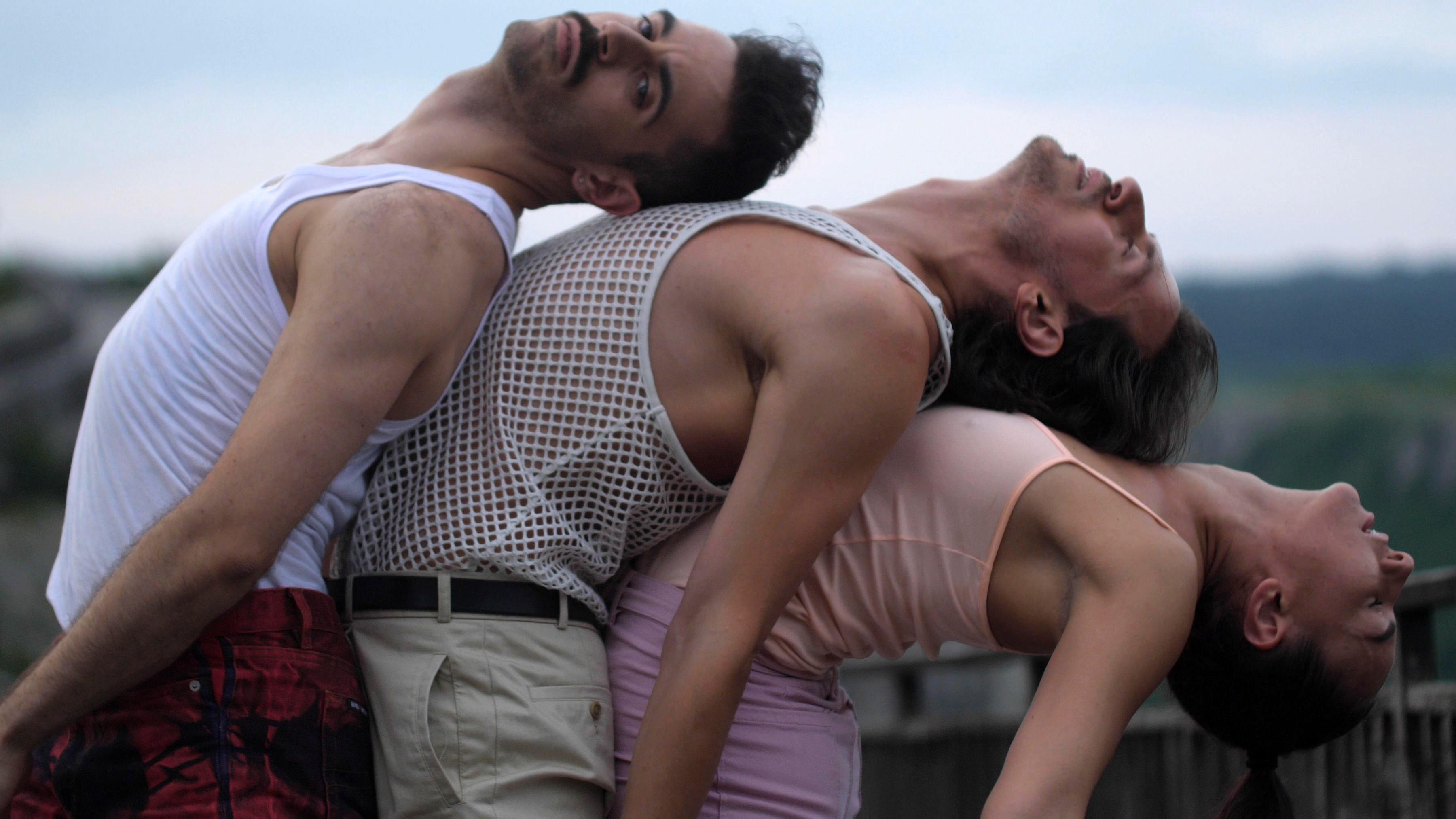 <p>&bdquo;Ако след филма хората излязат, и им се прииска да танцуват, значи сме изпълнили целта си&ldquo;, казват създателите Стефани и Коста.</p>