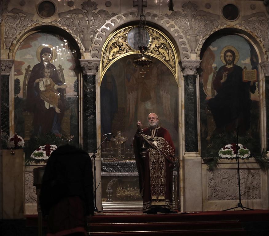 <p>Служби за Велики четвъртък в катедрален храм &bdquo;Св. Александър Невски&ldquo; и &bdquo;Света Неделя&ldquo;</p>