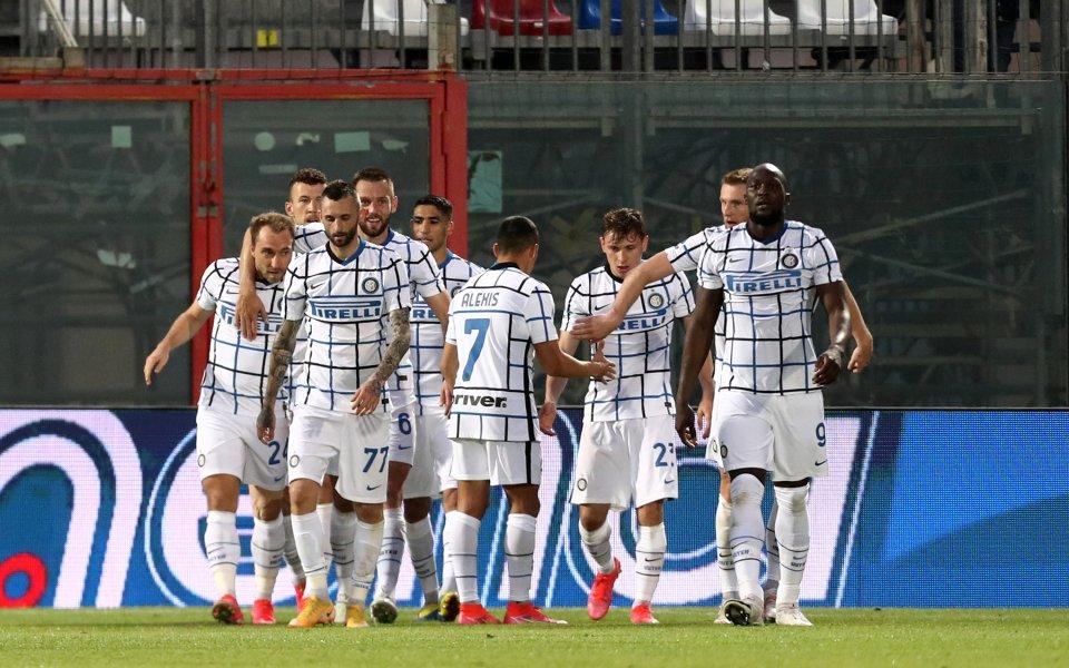 Интер записа поредна победа по пътя си към титлата в
