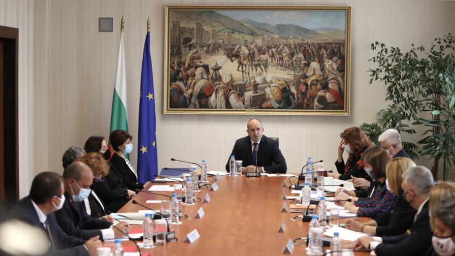 Консултации при президента с парламентарно представените сили за състава на ЦИК