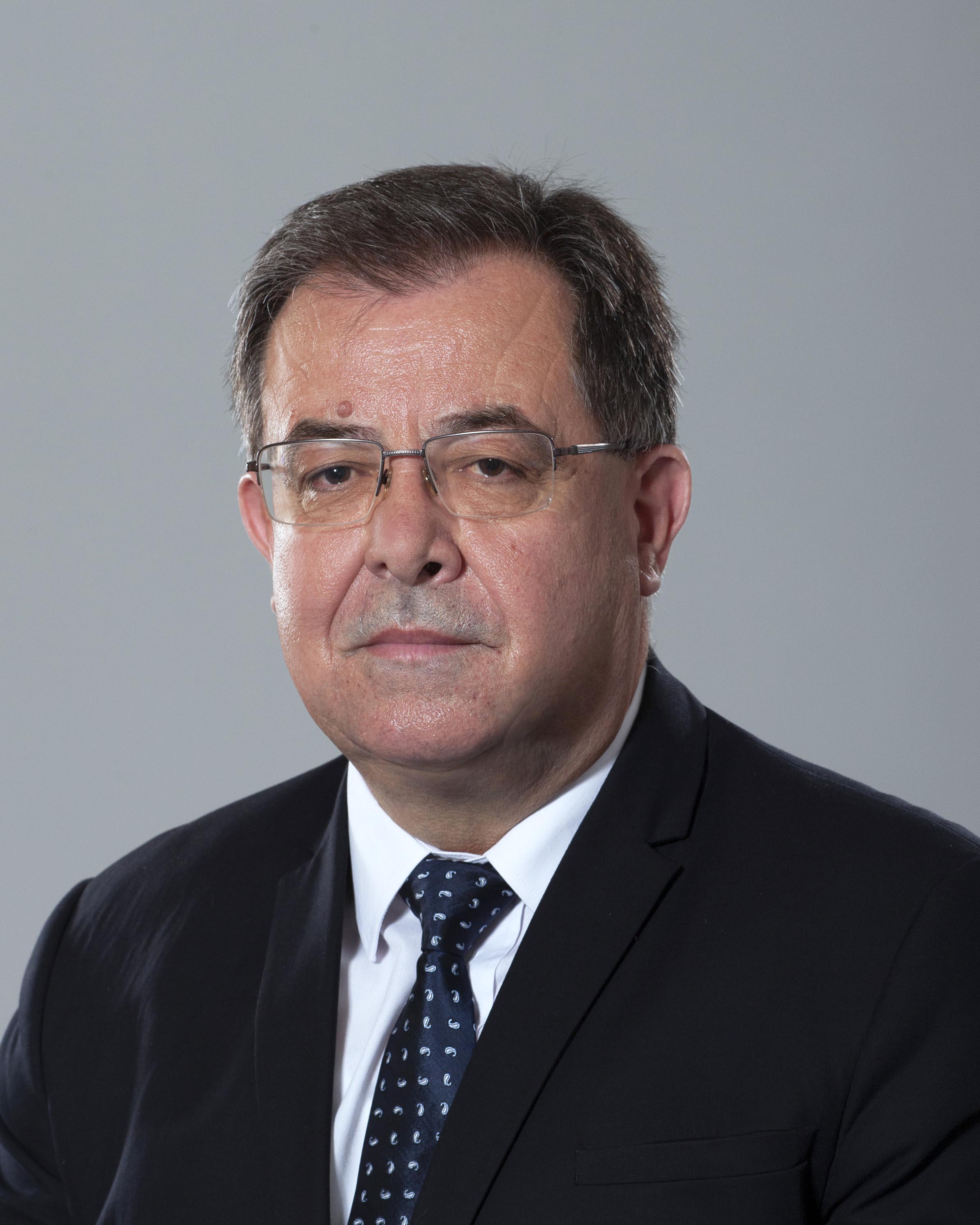 <p>Христо Георгиев Бозуков - служебен министър на земеделието, храните и горите</p>