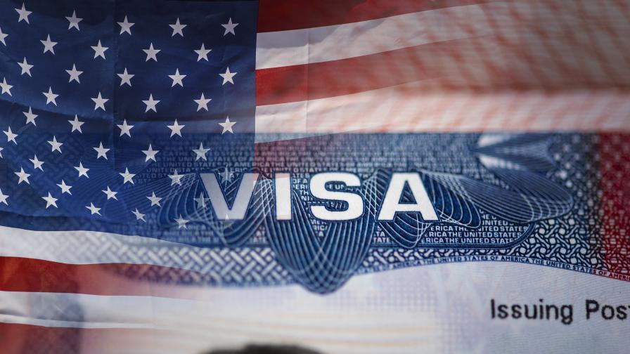 Посолството на САЩ в Москва прекрати издаването на визи за руснаци