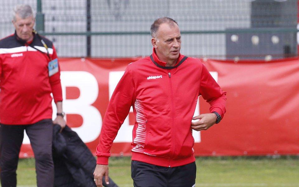 Треньорът на Царско село Антони Здравков остана доволен от представянето