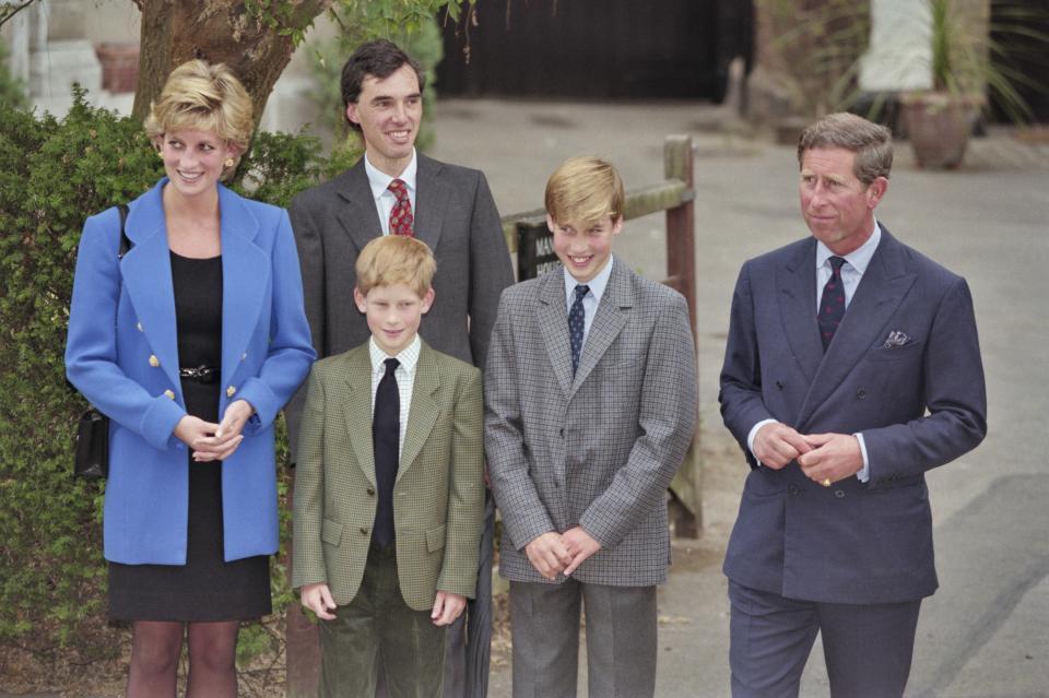 принцеса Даяна принц Уилям принц Хари принц Чарлз