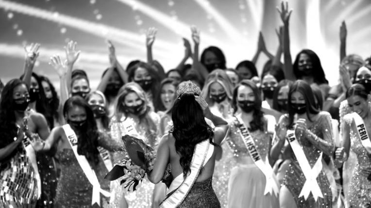 """Андреа Меса от Мексико е новата """"Мис Вселена"""""""