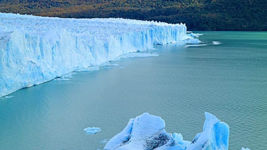 Най-големият айсберг в света се откъсна от Антарктика