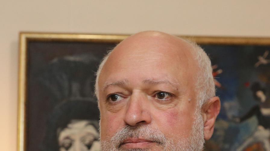 <p>Проф. Велислав Минеков с предупреждение към Кошлуков</p>