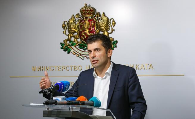 К. Петков: Абсурдно е прокуратурата да стои и да гледа
