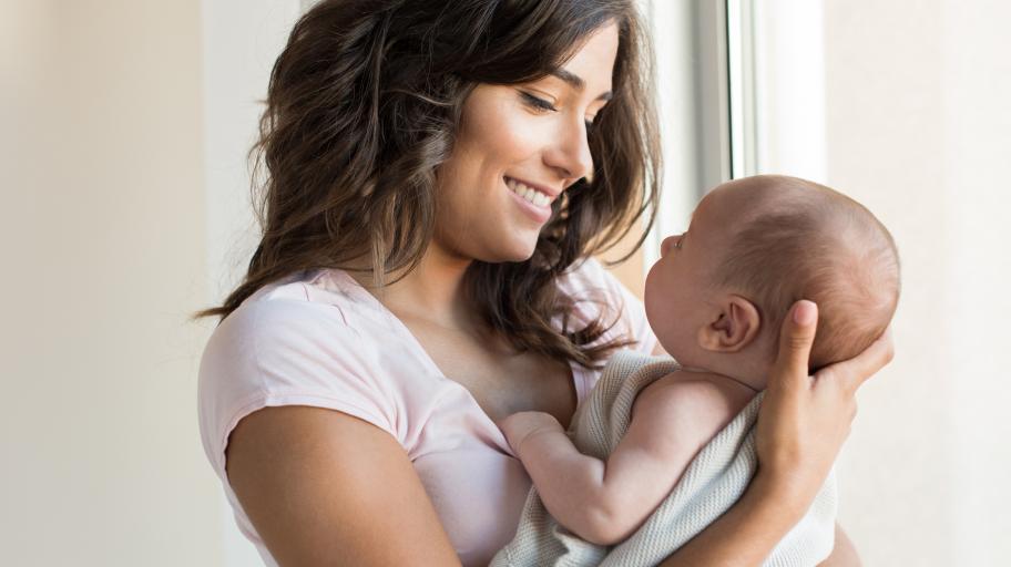 Защо е полезно е да се оплакваме от майчинските задължения?