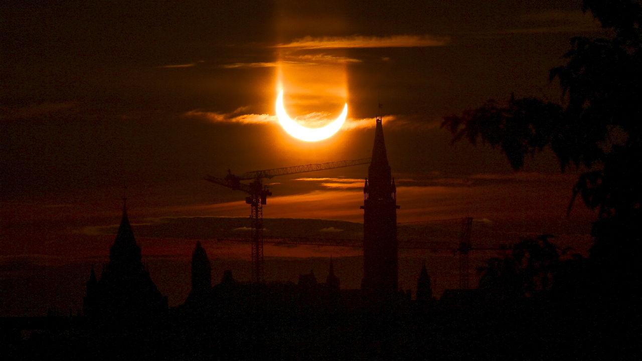 <p>Пръстеновидното слънчево затъмнение в Отава</p>