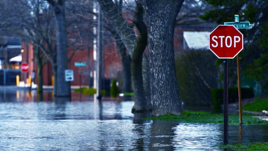 Поройни дъждове и наводнения в Турция