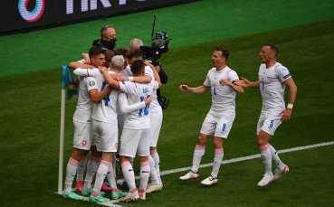 """Чехия изненада Шотландия на """"Хемпдън Парк"""""""