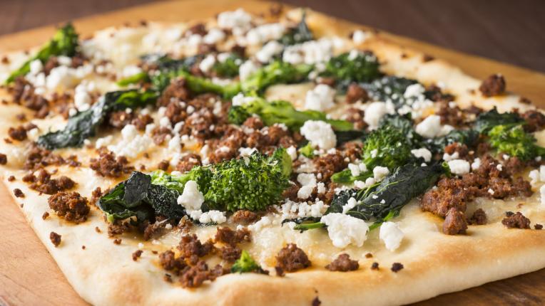 3 метода за приготвяне на неаполитанска пица + 3 вкусни и бързи рецепти