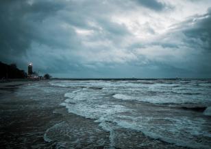 Турция: проливни дъждове, морска слуз и кафяви водорасли