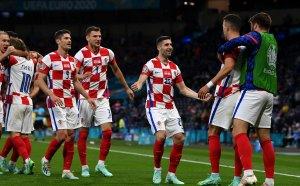 Модрич заведе Хърватия на 1/8-финалите след победа над Шотландия