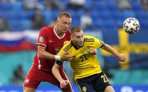 ГЛЕДАЙТЕ НА ЖИВО: Швеция 2:2 Полша, Левандовски изравни