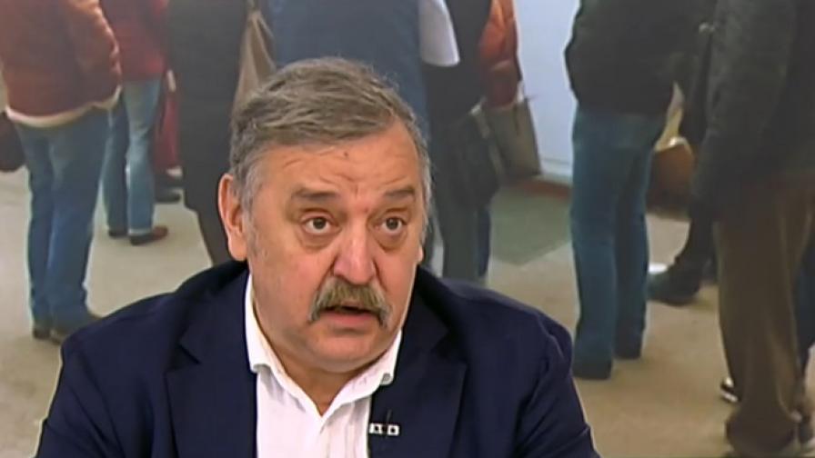 Кантарджиев: Ваксинирайте се, да не стане като в Русия