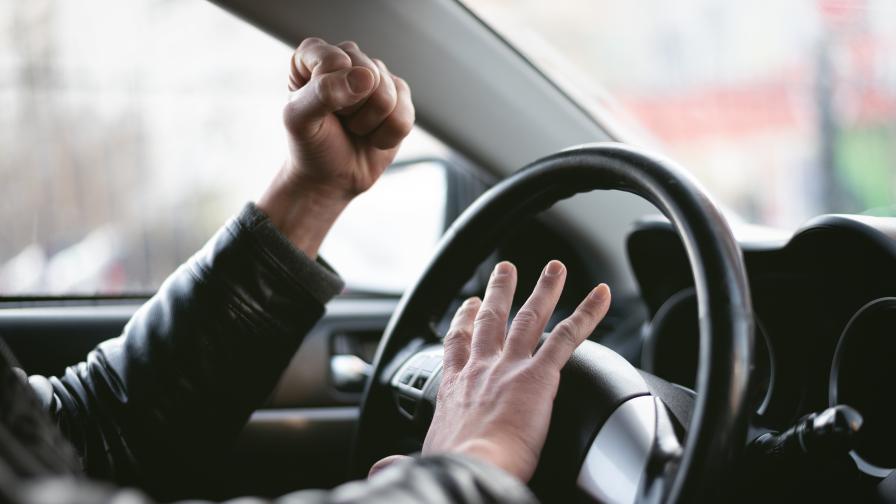 Бой на пътя между двама шофьори във Варна