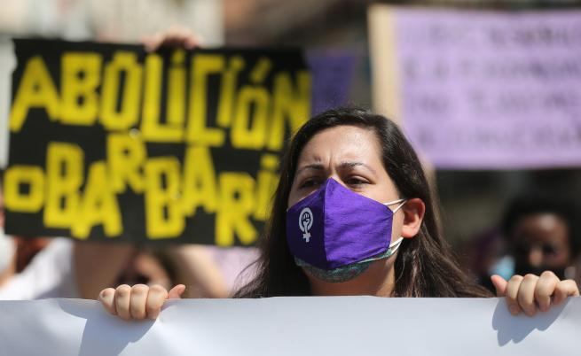 Брутално хомофобско убийство разтърси Испания, масови протести