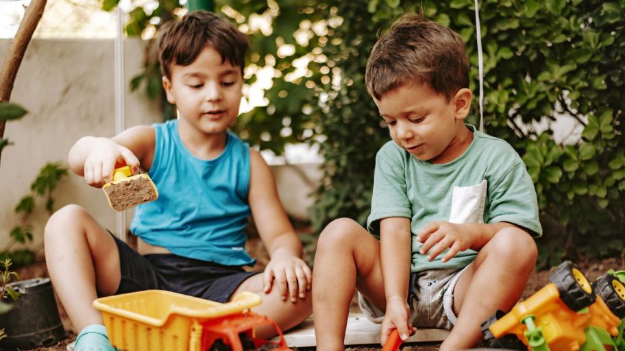 Как да отгледаме щедри деца?