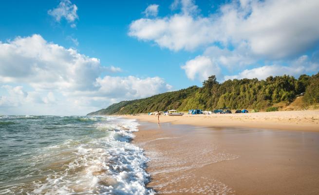 Откриха нарушения в определянето на границите на плажове край Лозенец