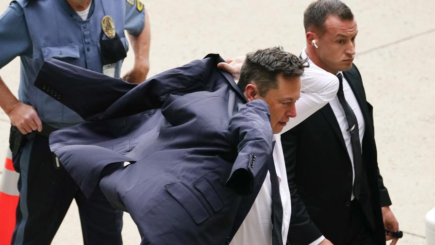 <p>Съдят Мъск за 2,6 млрд.: Мразех да съм шеф на &bdquo;Тесла&rdquo;</p>
