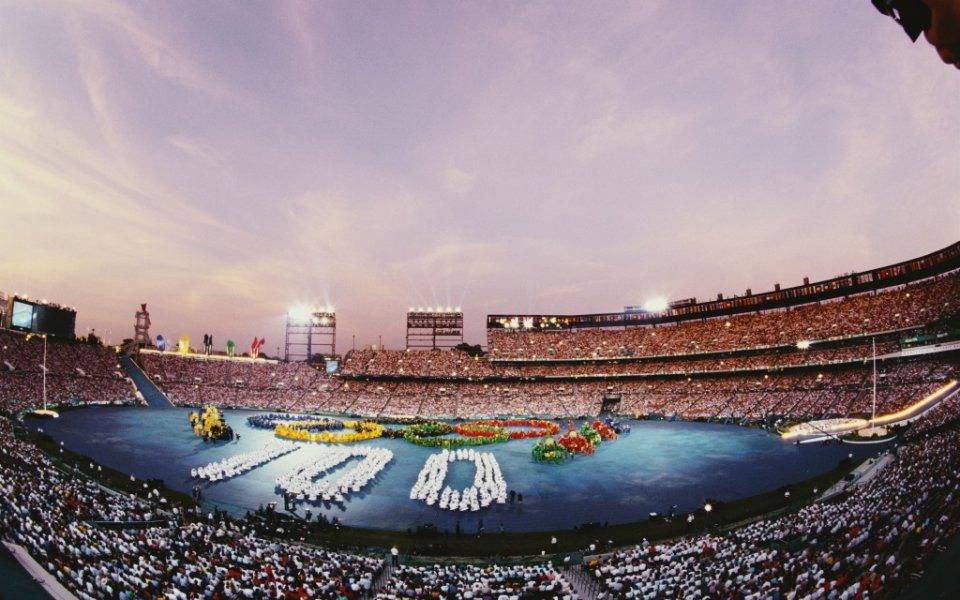 XXVI летни Олимпийски игри се провеждат в Атланта, Съединените американски