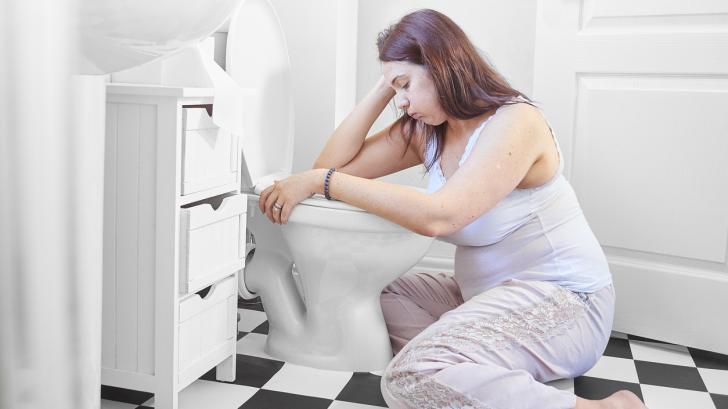 Сутрешно гадене по време на бременността: какво го причинява и как да го облекчите